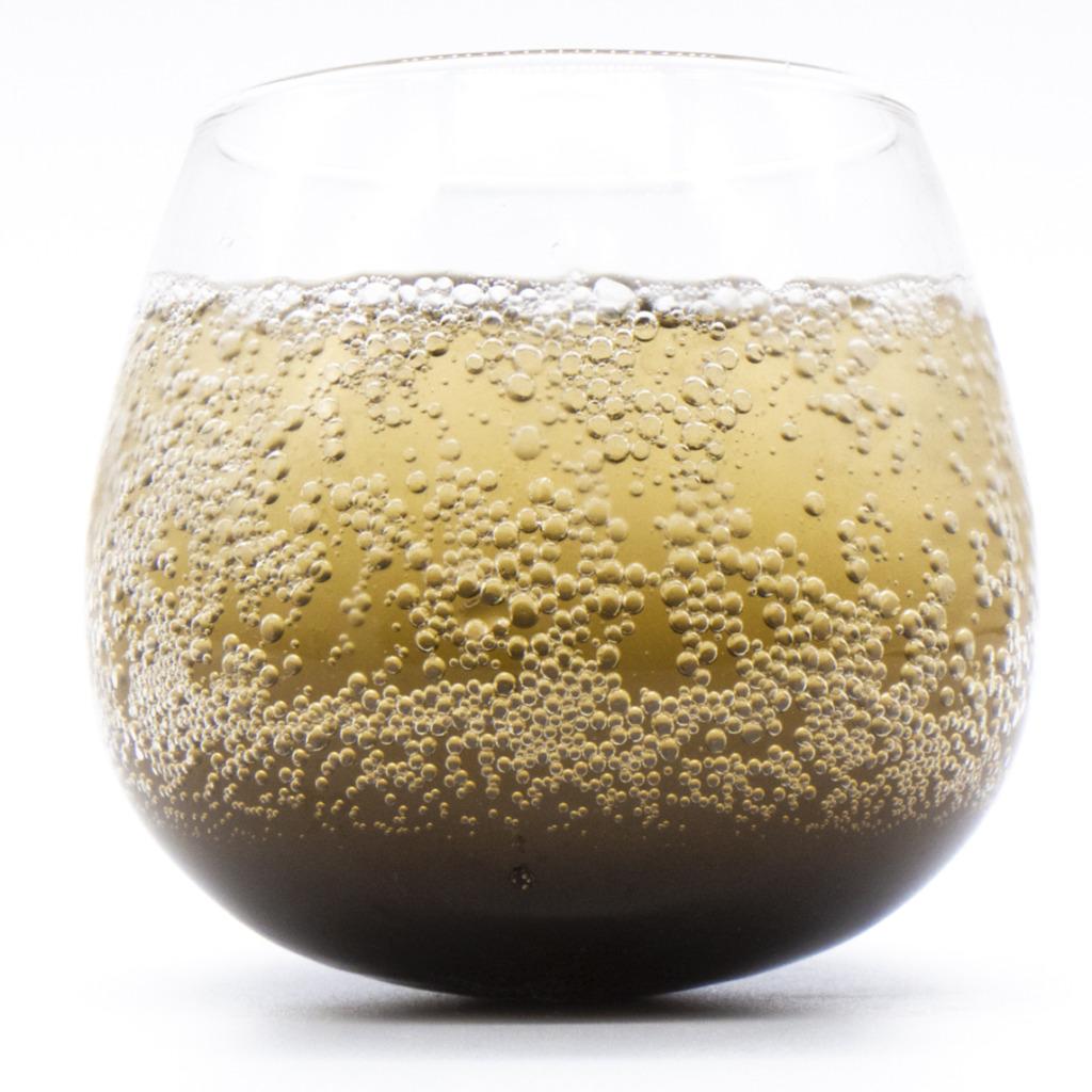 Detox_cola_glass