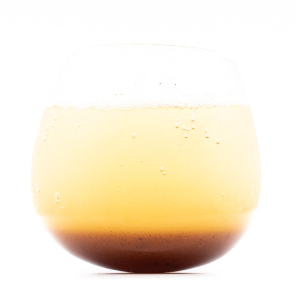 AWAトクシマコーラ、グラス