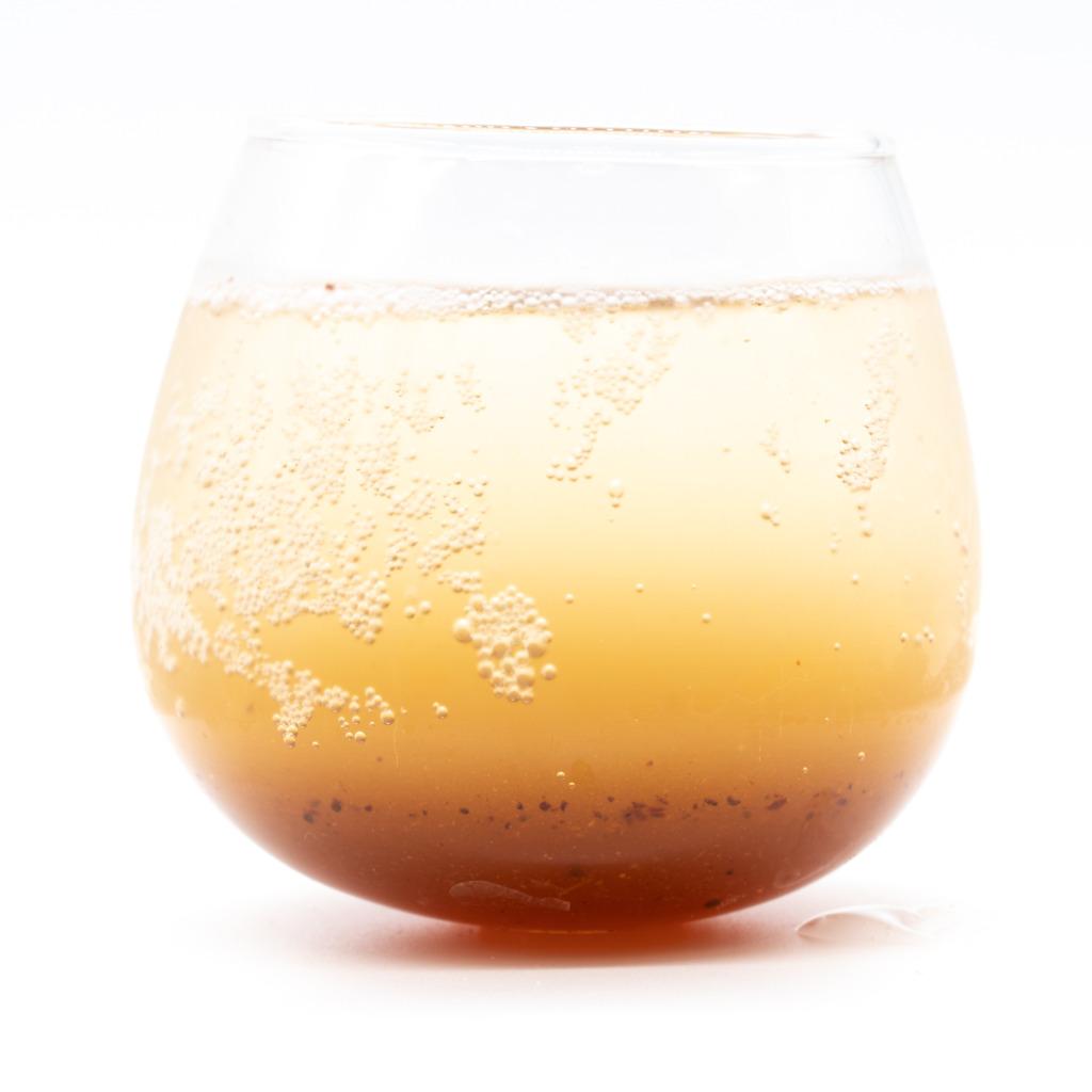 大和コーラ、グラス