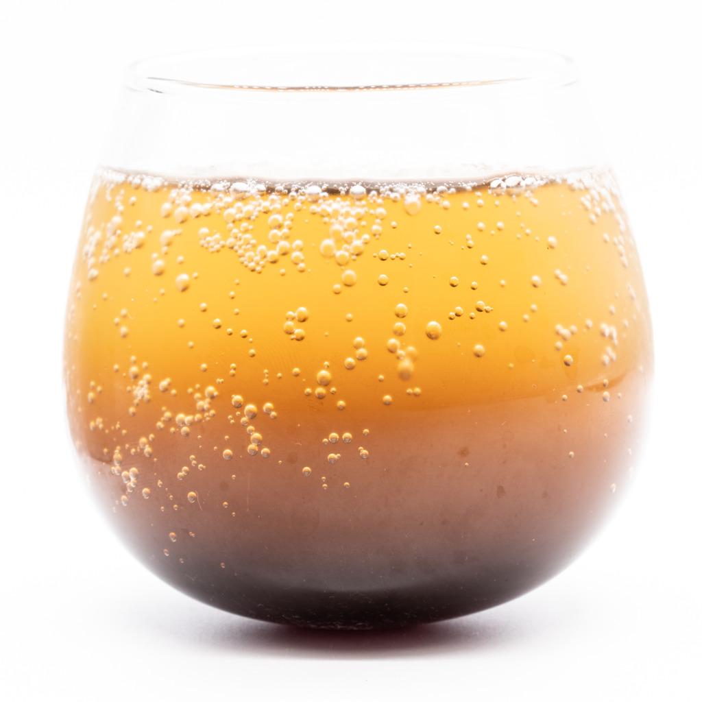 カフェスロークラフトコーラ、グラス