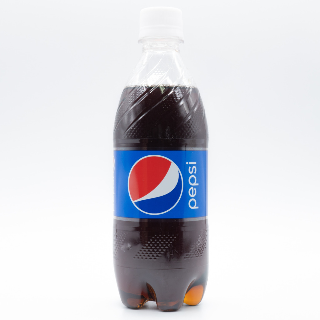 ペプシコーラ、レギュラー、日本、ペットボトル、正面