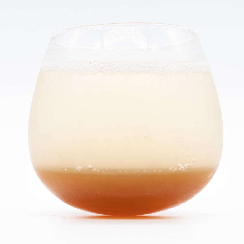 薬膳醗酵コーラ『覚醒』、グラス