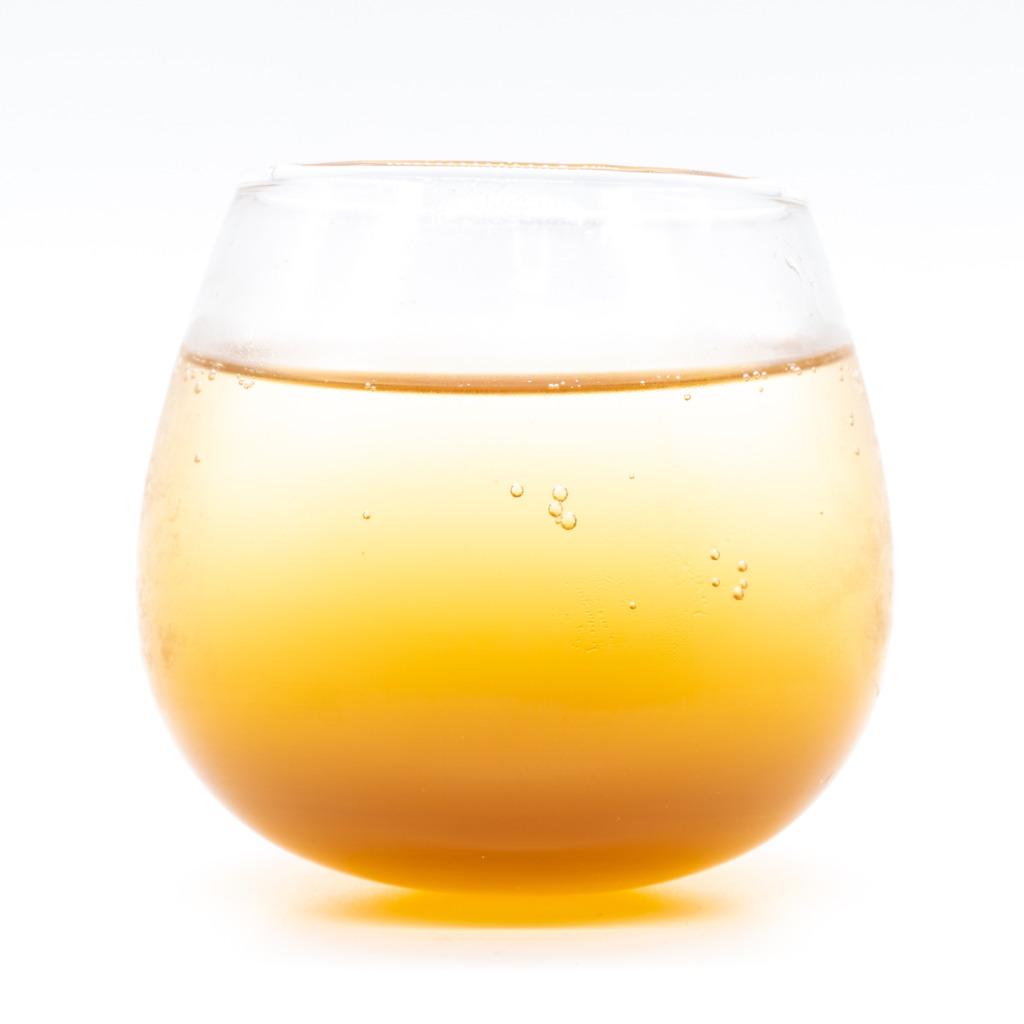 夏のハーバルクラフトコーラシロップ、グラス