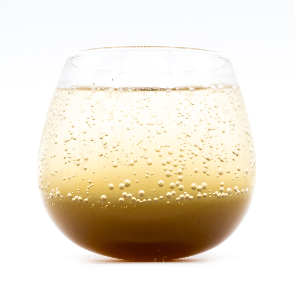ベジコーラ(シロップ)、グラス