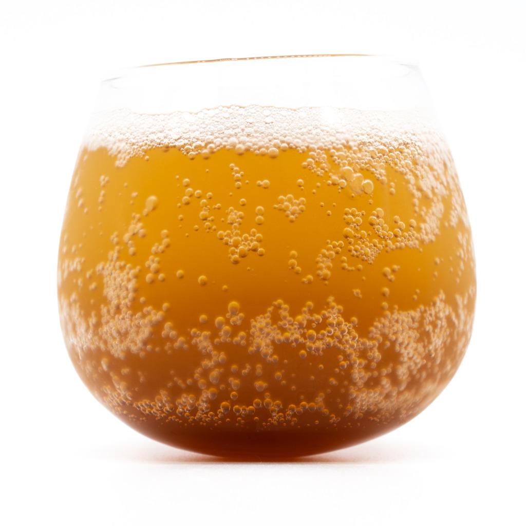 みちコーラ、シロップ、グラス