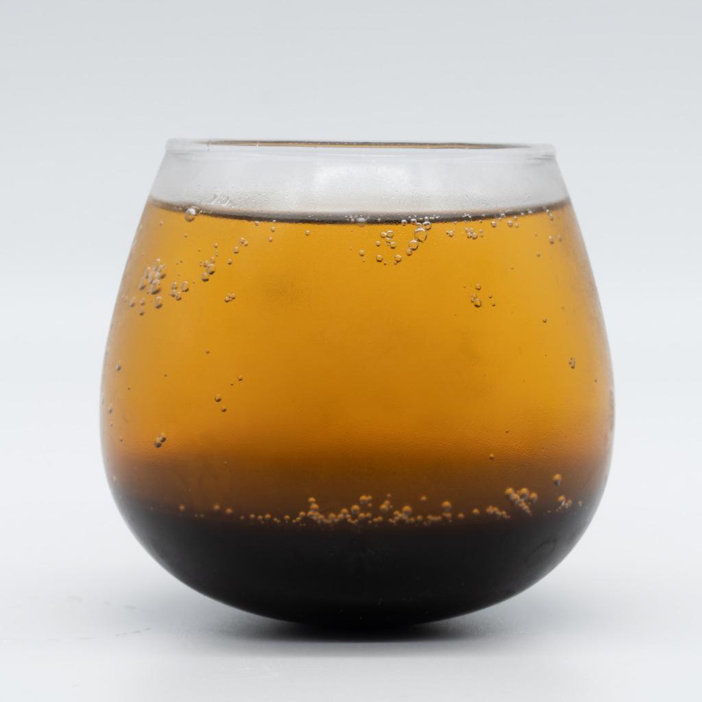 タマリンド食堂 島コーラ、グラス